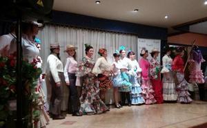 Desfile de moda flamenca en Pedrajas de San Esteban a favor de la Fundación Sandra Ibarra