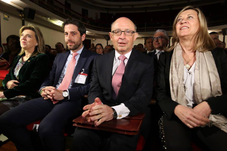 Cristóbal Montoro clausura la Asamblea de la Empresa Familiar de Castilla y León
