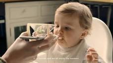 Nutribén retira la campaña de la cuchara de hologramas inventada para alimentar a los bebés