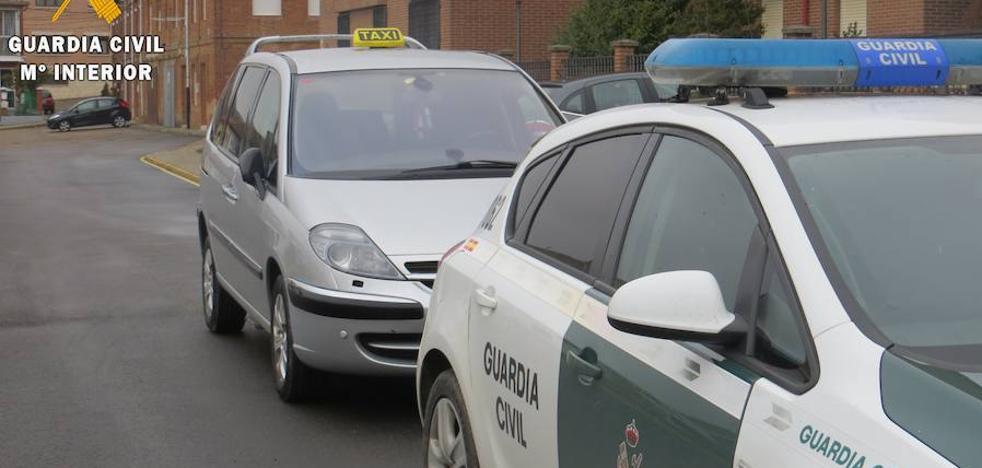 Detenido un vecino de Gijón por estafar a taxistas de Palencia
