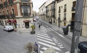 El Ayuntamiento autoriza a más de 10.000 vehículos para acceder a las calles peatonales del centro
