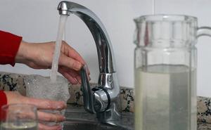 El Ayuntamiento de Santa Marta advierte que el agua no es apta para el consumo humano