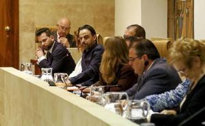 PSOE y C's chocan por la suspensión de una comisión municipal