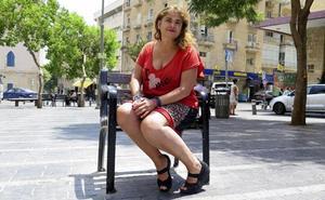 Lucía Etxebarría, obligada a cerrar su Facebook y proteger su Twitter