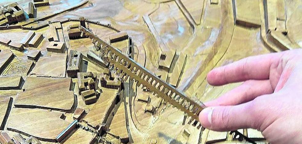Arrancan el Acueducto y otras piezas de la maqueta táctil del centro de recepción de turistas