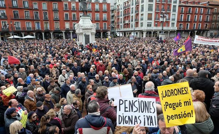 Manifestación en defensa de las pensiones en Valladolid