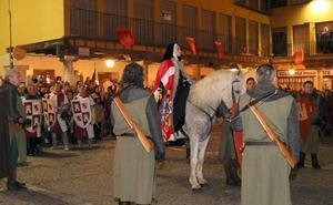 300 vecinos participan en la recreación de la llegada de la reina Juana I a Tordesillas