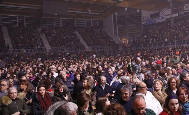 El alcalde de Palencia se disculpa por el frío en el concierto de Malikian