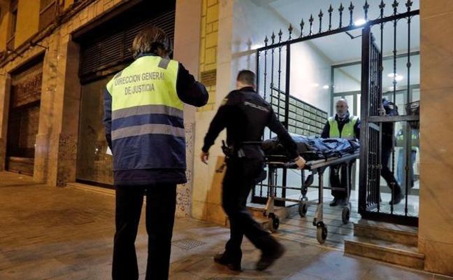 El cadáver emparedado en un piso de Valencia es de un hombre que murió hace más de una década