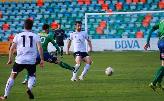 El empate entre Salmantino y Astorga hace líder a Unionistas
