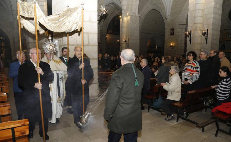 Jura de cargos en la cofradía Vera Cruz de Palencia