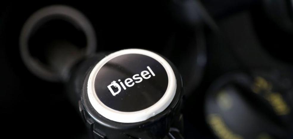 Juzgan en Valladolid a dos acusados de pedir gasóleo a nombre de una empresa y quedarse el combustible