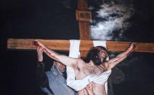 El segoviano que se mete en la piel de Cristo desde hace veinte años