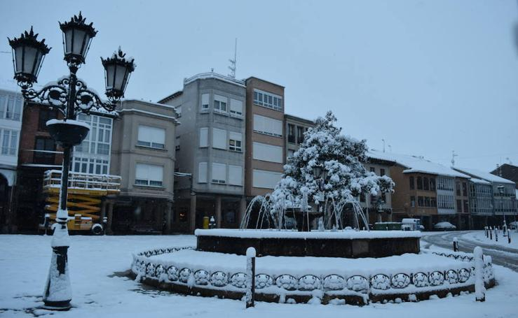 Nieve en Aguilar para recibir a la primavera