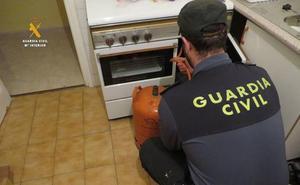 Detenidos dos falsos revisores del gas por siete estafas en Segovia
