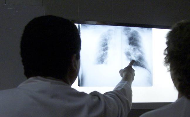 El Defensor del Paciente pide a la Fiscal Superior que impida la supresión de 175 pruebas clínicas en la Comunidad