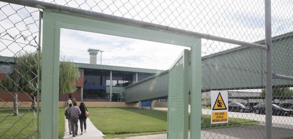 El Defensor del Pueblo pide más personal sanitario y cámaras para la cárcel de Topas
