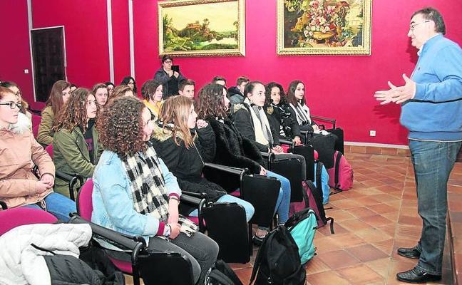 Alumnos franceses visitan Cuéllar en un intercambio organizado por el IES Duque de Alburquerque