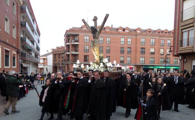 Procesión del Cristo del Amparo en Carrión de los Condes