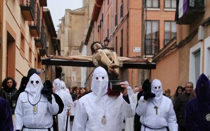 Vía Crucis en Medina de Rioseco