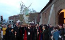 El mal tiempo recorta la procesión del Jueves Santo en Carrión