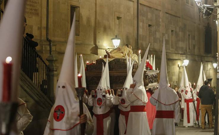 Procesión del Cristo de la Agonía Redentora en Salamanca