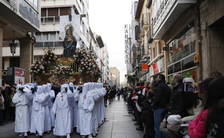 La Virgen de la Soledad llena las calles de Palencia