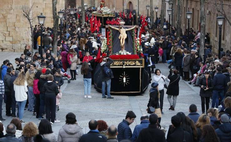 Procesión del Cristo de la Vela en Pizarrales