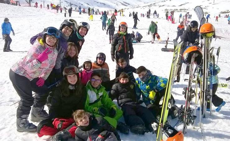Los jóvenes de Hornillos de Cerrato en la nieve