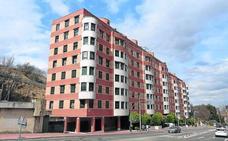 Desvalijan tres pisos de Valladolid trepando por los tendederos en una sola mañana