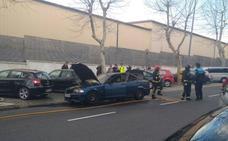 Susto al volante: arde su coche cuando circulaba por la avenida de la Constitución