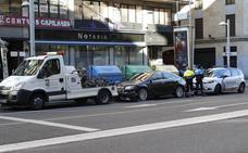 La grúa municipal se llevó casi 3.500 coches que estaban mal aparcados el año pasado