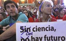 Casi la mitad de los científicos y técnicos del CSIC penden de un contrato temporal