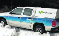 La empresa asegura que la nieve impide reparar la línea telefónica en la Montaña Palentina