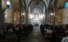 El obispo de Ávila bendice a las embarazadas abulenses, en una misa especial con motivo de la Anunciación