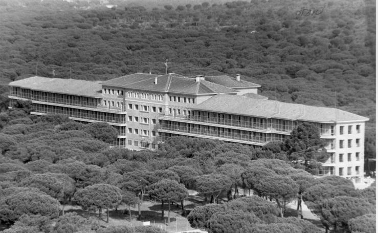 Un sanatorio antituberculoso entre pinares