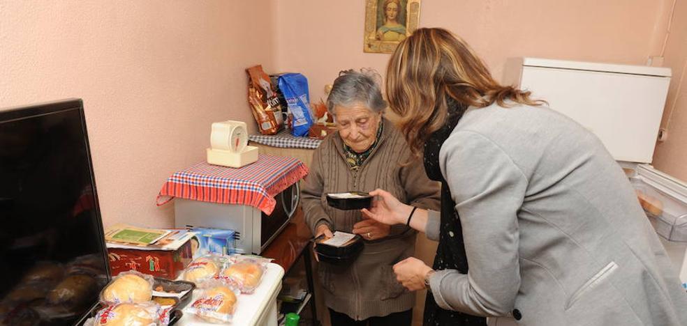 El envejecimieto dispara el número de mayores que precisan ayuda en casa