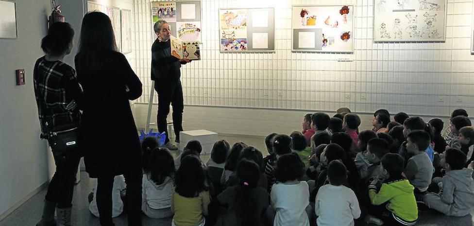 Laguna muestra a los niños el proceso de creación de un libro a través de escritores e ilustradores