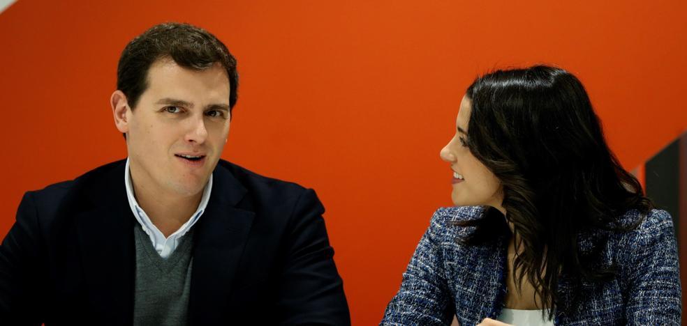 Rajoy ignora el ultimátum del líder de Ciudadanos para que dimita Cifuentes