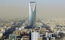 Arabia Saudí intercepta un misil en el cielo de Riad