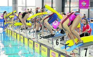 Medio millar de nadadores en el Ciudad de Valladolid