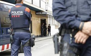 Interior nombra a cuatro miembros del Consejo de los Mossos en nombre de la Generalitat