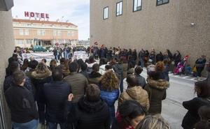 Los trabajadores de Lindorff mantienen la huelga contra los despidos de Valladolid
