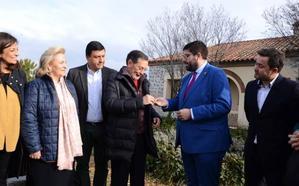 El presidente del PP de Ávila, Carlos García: «El presupuesto de la Junta incluye una partidapara licitar el búnker para el acelerador»