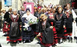 Las aguederas de Cuéllar se preparan para la romería de la Virgen de la Fuencisla