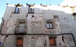Urbanismo recurre el archivo de la querella por el estado de la Casa de los Buitrago