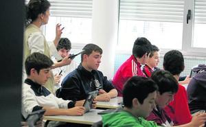 Uno de cada cuatro estudiantes de la ESO que pasan de curso arrastra suspensos