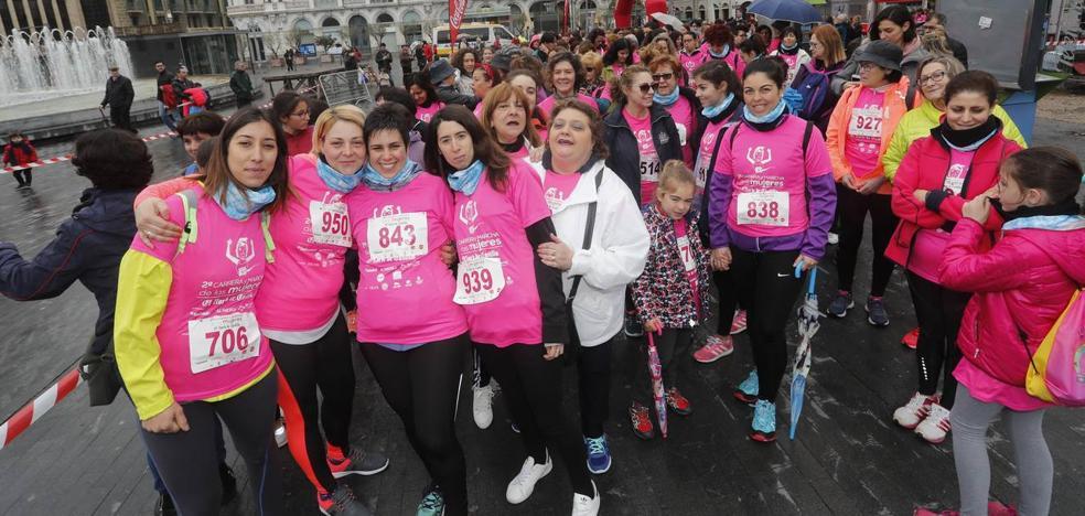 El Norte tiñe Valladolid de rosa en la II Carrera y Marcha de la Mujer