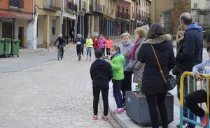 Serrano y Fuentes ganan en Villalón la Carrera Mayte Martínez