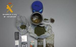 Un detenido en el desmantelamiento de un «importante punto de venta» de cocaína